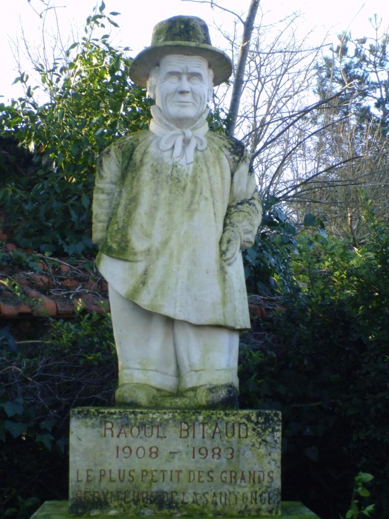 La statue de Raoul Bitaud